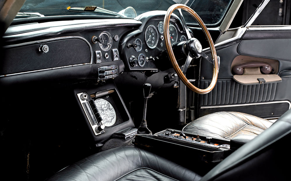 Aston Martin Db5 Welcome To The 007 World